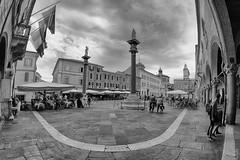 Piazza del Popolo (fil.nove) Tags: piazzadelpopolo ravenna square fisheye samyang8mm 8mm samyang blackandwhite biancoenero canon60d italia italy emiliaromagna nuvoloso cloudy people bar persone passeggio