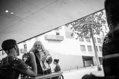 L1007834 (Thomas Skov) Tags: lenstagger spain barcelona travel leicam9 people streetphotography street zm biogont235