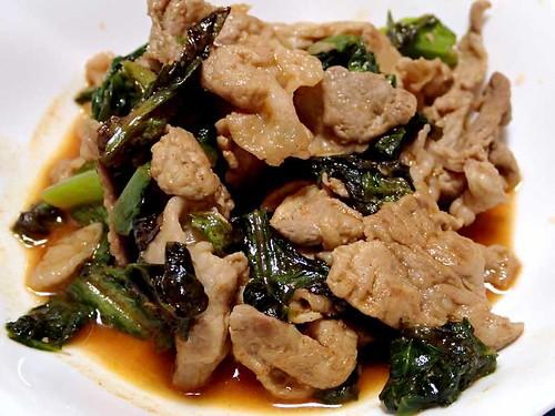 豚肉とチシャ菜の炒めもの