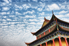 Xianghu Temple and Strange Sky (Lao An (PhotonMix)) Tags: china sky weather architecture clouds temple nikon traditions buddhism cloudcover d800 zhejiang globaldimming regularity xiaoshan geoengineering religioussite xianghu chemicalclouds photonmix laoanphotography
