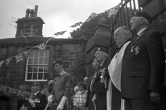 Remembrance service (Julian Dyer) Tags: yorkshire haworth ilfordhp5plus filmphotography ilfordddx kodakbrownieno2 haworth1940sweekend