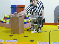 "Coupe de France de Robotique 2013 • <a style=""font-size:0.8em;"" href=""http://www.flickr.com/photos/39203065@N06/8780637463/"" target=""_blank"">View on Flickr</a>"