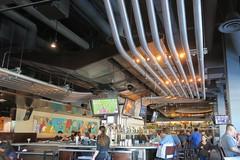 beer pipeline (Riex) Tags: yardhouse restaurant beer bar biere pipeline tuyaux pipes santanarow sanjose california californie g9x