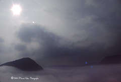 Impact-img449 (hervv30140) Tags: france languedoc cévennes montagne ciel nuage soleil rayon reflet réflection aveyron brume art nature