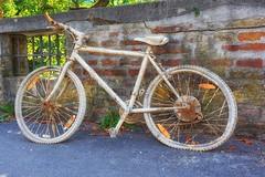 Fahrrad (AD2115) Tags: fahrrad bike augsburg kahnfahrt fnffingerlesturm schwedenstiege hessing hessingburg wasserturm wasser stadt city fugger