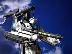 """Macross +++ 1:100 VF-1A """"Super Valkyrie""""; aircraft """"155"""" of the Skull Squadron with Rö-X2A and FAST packages - Battroid mode (Kitbashing) (dizzyfugu) Tags: anime macross model kit japanimation super battroid valkyrie destroid giant robot gerwalk fighter zentraedi transformers oav dizzyfugu modellbau conversion kitbashing scratch roy fokker robotech protoculture vf1 walküre"""