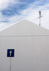 'Communication Breakdown' (Canadapt) Tags: building wall white sign arrow antenna aerial juxtaposition misconstrue loures portugal canadapt