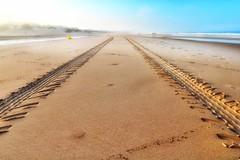 Sonnenaufgang am Meer... (hobbit68) Tags: beach sky wolken clouds himmel sommer ozean andalucia kste outdoor sonne strand canon wasser sonnenaufgang sonnenschein holiday playa sunset espana spanien urlaub ufer