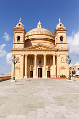 Parish Church of the Assumption of the Blessed Virgin Mary into Heaven (RunningRalph) Tags: church dome kerk koepel malta mgarr limarr