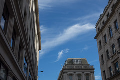 Wisp (Spannarama) Tags: sky blueskies lookingup clouds wispy buildings queenstreet london uk