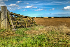 Unhinged Gate (THE NUTTY PHOTOGRAPHER) Tags: superb simply pinnaclephotography