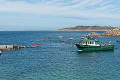Swimmers, St. Agnes (Kevin James Bezant) Tags: islesofscilly ios stagnes