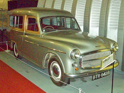 166 Commer Radford Estate (1956)