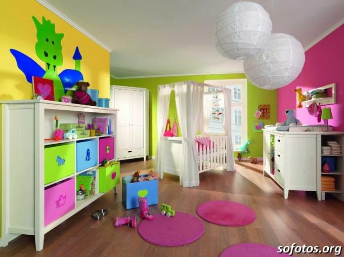 quartos de bebê colorido