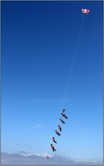 Soldiers on a string Flk (ForumPhotos) Tags: england kite dorset soldiers unionflag weymouth