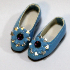 Blue Retro Flower Slip-On for BJD Dolls Lati Yellow, PukiFee, Riley Kish, Bobobie Nissa, DIM Silf, Dollk S00067E (dollb @ Flickr) Tags: yellow miniature shoes doll tiny bjd leffy accessory latidoll lati abjds tinybjd pukifee dollb