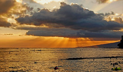 Beneficent (jcc55883) Tags: ocean sunset sky sun clouds hawaii nikon waikiki oahu horizon pacificocean yabbadabbadoo d40 kuhiobeachpark nikond40