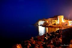 Porto del Giglio (Luca Braido) Tags: isola del giglio sea porto notte night nikon toscana rocce luci lights