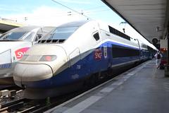 SNCF TGV Duplex Dasye 716 (29732) (Will Swain) Tags: paris gare de lyon 18th july 2016 train trains rail railway railways transport travel vehicle vehicles europe france french voyage capital city centre parisien ile ledefrance le socit nationale des chemins fer franais  grande vitesse sncf tgv duplex dasye 716 29732