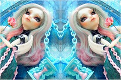 Love me, love me not  (Pliash) Tags: monster high mh puppet tales puppettales cute colors pastel time ampulheta flowers