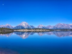 Reflections at Jackson Lake (Ronnie Wiggin) Tags: reflectionsatjacksonlake moranwyoming tetons mtmoran gtnp grandtetonnationalpark landscape nationalpark iphonephotography