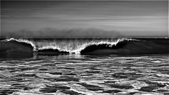Vague a Soulac (Patevy Damant) Tags: atlantique d610 exterieur medoc mer nikon ocean paysage soulacsurmer vague wave nb bw monochrome