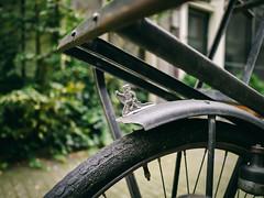 King Batavus (Rolling Spoke) Tags: bike bicycle bici bicicleta bicicletta ciclismo fahrrad fiets velo batavus fender wheel design clasic vintage details macro amsterdam