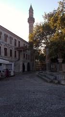 Platano di lppocrate (SergioBarbieri) Tags: platanodiippocrate alberisecolari alberimonumentali kos grecia moschea gazihassan