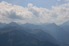 Wolkenmeer (elisabeth_holzner) Tags: tannheimer tal tannheimertal tirol sterreich berge landschaft mountains landscape clouds hgel himmel hiking mountain view aussicht