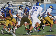 D162422P (RobHelfman) Tags: crenshaw sports football highschool losangeles practice