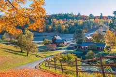 SLEEPY HOLLOW FARM (jlucierphoto) Tags: frost autumn farm pomfret woodstock vermontfallbarn foliage serene outdoor lovelyflickr