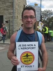 "Ptition photo anti NDDL : ""moi je dis non  l'aroport, et vous?"" (Ptition photo"" non  l'aroport NDDL"") Tags: ndl nddl notredamedeslandes"