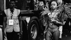 Time for a twitt (GABALICIOUS CANDID PHOTOGRAPHY) Tags: 2016 candid caribbeancarnival carnaval events family kids london notthinghillgatecarnival nottinghillgate outdoor people places streetphotography summer uk costumes marching masqueraders londonplaces