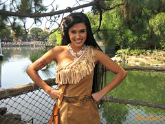 Princess Pocahontas (Aurotiana) Tags: disneyland frontierland rivers america meet greet pocahontas disney princess