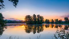 Serenity (Karsten Gieselmann) Tags: deutschland landschaft saltendorferweiher bayern orange kgiesel em5markii grn gelb teublitz microfourthirds sonnenaufgang hdr mzuiko blau 1240mmf28 seeteichweiher farbe licht natur olympus blue color green lake landscape light m43 mft nature pond yellow de