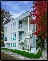 Corner House (NoJuan) Tags: 995 nikoncoolpix995 vintagedigital
