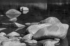 Steine in der Maggia (torremundo) Tags: schwarzweiss buw sw maggia steine fluss wasser spiegelungen tessin schweiz bergbach