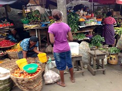 Produce market in Lagos, Nigeria. #JujuFilms (Jujufilms) Tags: producemarketinlagos nigeria jujufilms tomatoes pomo peppers marketscene