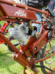 Alba 198cc motorcycle (The Adventurous Eye) Tags: alba cc motorcycle 198 stettin sraz veterni buovice 198cc veternsk prvomjov albawerke