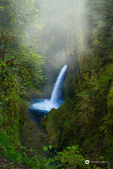 Metlako Falls (Timescapes.us) Tags: oregon portland moss canyon columbiariver waterfalls cascades mthood pacificnorthwest streams hoodriver columbiarivergorge volcanicrock historiccolumbiariverhighway nationalscenicarea timescapes metlakofalls lushlandscape bernardchen