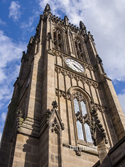 Leeds Minster 4108 (stagedoor) Tags: city uk england copyright building clock church architecture yorkshire leeds olympus churchyard minster westyorkshire stpeter listed grade1 kirkgate em5 robertdennischantrell pottsofleeds
