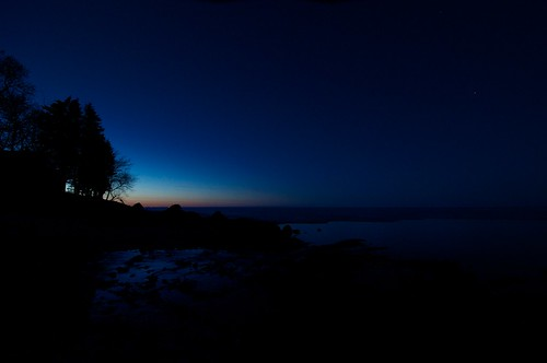 North - Late evening spring on Lake Winnipeg