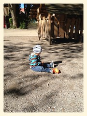 Out with Daddy (ronnyfaessler) Tags: fun schweiz switzerland bern sonne vater frhling draussen spielplatz iphone sohn bearbeitet ronnyfaessler ronnyfaesslerblogspotcom uploaded:by=flickrmobile flickriosapp:filter=nofilter
