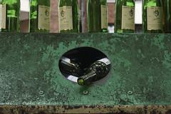 Riesling (Nitekite) Tags: green canon leer kln grn recycling alkohol glas riesling wein flaschen altglas altglascontainer flaschensammlung weiswein klnslz nitekite