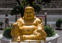 Fatty (Gregory Desimone) Tags: sculpture smile statue 35mm canon thailand temple happy rebel gold bangkok buddha peaceful t1i