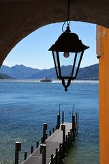 Navigando verso sud (illyphoto) Tags: comolake lakecomo lario lagodicomo illyphoto photoilariaprovenzi navigazionelagodicomo varenna battello