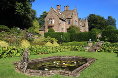 Wyndcliffe Court (Martyn.Smith.) Tags: wyndcliffe court house manor sulpture gardens listedbuilding gradeii flowers landscaped chepstow starvans wales uk flickr image photo sculpturegardens topiary garden hedges sigma1770mmlens