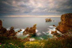 Delusions of the Sculptor! (Blai Figueras) Tags: costabrava sky panorama water seascape sunset agua horizon landscape atardecer atmosphere coast seaside longexposure stones le paraiso rocas sea beach paisaje flickr playa eden costa cielo clouds mar rocks silkeffect brilliant wow