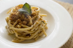 Pici with lemon and mint (Luca Nebuloni) Tags: food cibo mangiaconme pici mint lemon limone menta photo