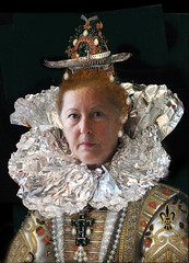 287/366 Isabella Feared Alien Transmissions (ruthlesscrab) Tags: wah werehere hereios 366the2016edition 3662016 day287366 13oct16 flemish nederland portrait pourbus isabella groeningemuseum self foil tinfoil
